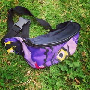 Retro bum bag