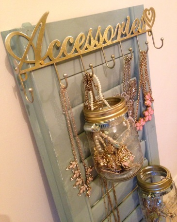 Upcycled shutter jewelry holder annie sloan chalk paint kilner jars
